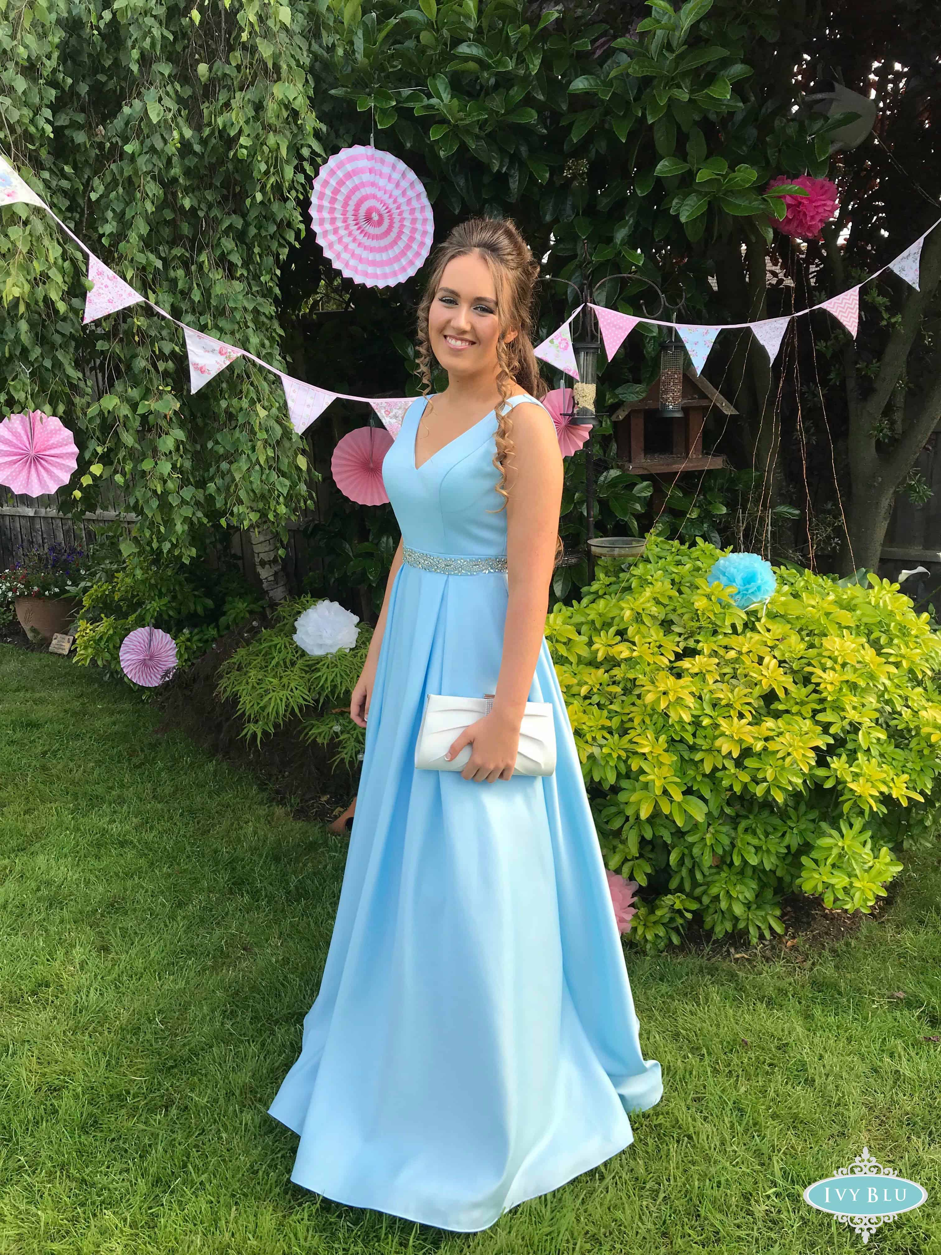 Girlin Long Light Blue Dress With Bunting